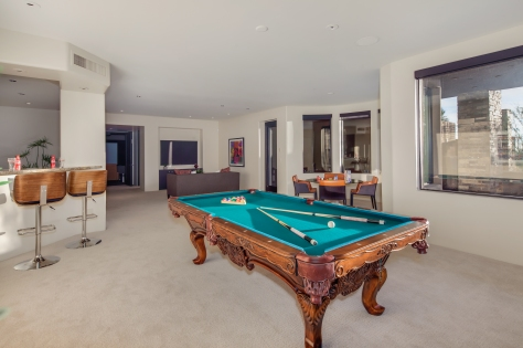 games-room-wet-bar